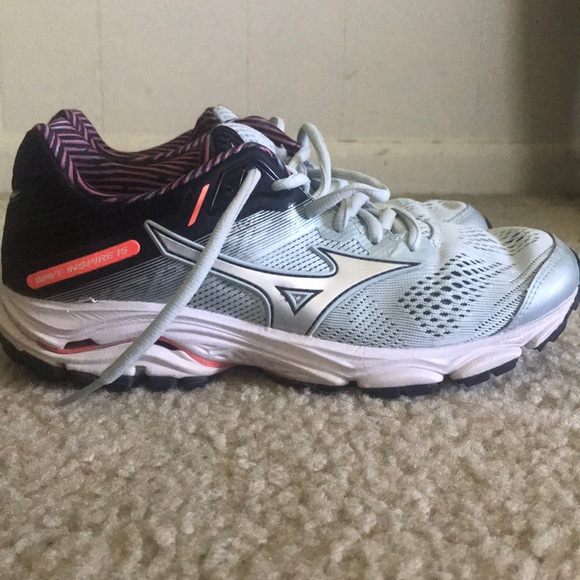 mizuno running shoes true to size fit